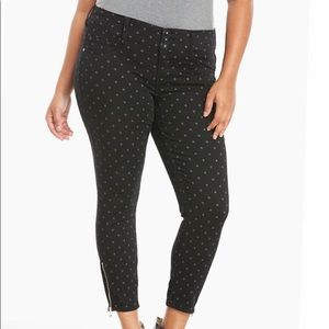 Torrid stiletto zip jegging black/ gray dots 14R